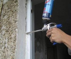 Как запенить пластиковое окно